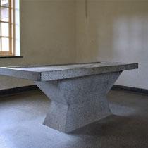 56) Sectieruimte in crematorium met originele autopsietafel