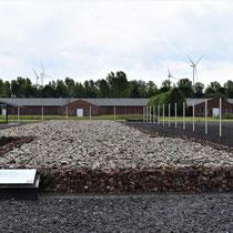 Mortuarium - links de kampgevangenis