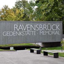 Aankomst Ravensbrück Memorial