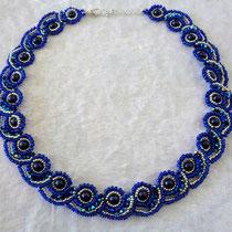 Venusnecklace blau-silber 55 Euro