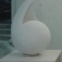 """""""Spannung"""" Gipsskulptur, ca. 75 x 35 x 35cm, 2012"""