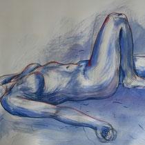 """""""Akt liegend blau mit rot"""", Acryl und Ölpastellkreide auf Papier, 70 x 100cm, 2015"""