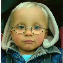 Kay mit seiner ersten Brille 2010