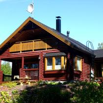 """Sunny Mökki Sysmä. Ihr Ferienhaus im Archipel """"Nationalpark Päijänne See"""". Strom, Elekroheizung in jedem Zimmer. Kommunales Trink- und Abwasser. SAT-TV und WLAN."""