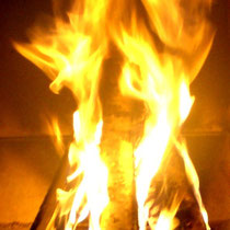 Sunny Mökki Sysmä. Brings back the cozy fire in your life!