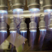 Gas-Luft Ringbrenner mit Flamme