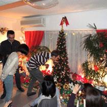EuroLingualクリスマスパーティー2012 先生 ①