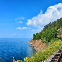 Irkutsk - The wonderful lake Baikal and the picturesque train trip from Slyudyanka to Port Baikal