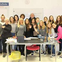 Scuola Dante Alighieri Recanati-Lezione in gruppo