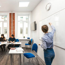 Saint Petersburg Centre - Spacious, bright and modern classrooms