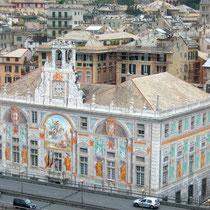 Genova-Palazzo San Giorgio visto dal Bigo