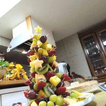 収穫祭&忘年会 2014:  フルーツクリスマスツリー