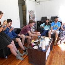 EleBaires-Alumnos en sala de descanso