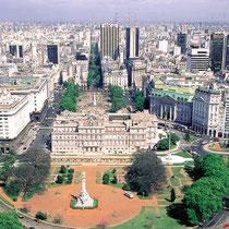 Buenos Aires-Panorámica desde la Plaza de Mayo