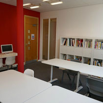 Britannia English Academy-Library