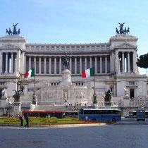Roma-Monumento a Vittorio Emanuele II, in piazza Venezia copia