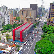 São Paulo-Museu de Arte (MASP) em Avenida Paulista