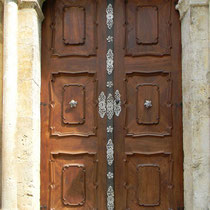 Tor der Abteikirche