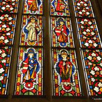 Brunnenhaus - Glasscheiben aus dem 13. Jahrhundert mit Darstellung der Familie der Babenberger