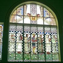 """Bleiglasfenster """"Die leiblichen Tugenden"""" v. Koloman Moser - Foto ©MW"""