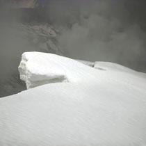 Südseitige Gipfelgratwächten