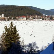 Motiv 11 - Zugefrorener See