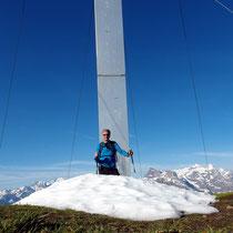 Am Gipfel - 2078 M