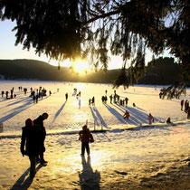 Motiv 13 - Zugefrorener See im Abendlicht
