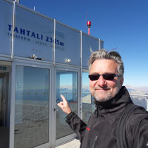Am Gipfel - 2365 M