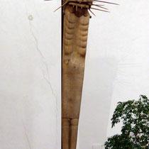 Jesusfigur - an 16 M hohem Stahlträger