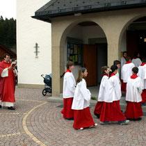 Bild 12 - Einzug des Liturgischen Dienstes