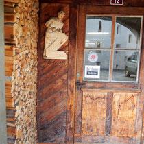 Motiv 12 - Eingang zum Schreiner