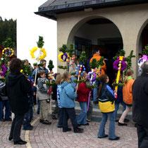 Bild 15 - Einzug der Gemeinde