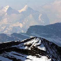 Graustock vor Berner Alpen