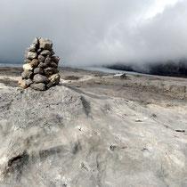 Gipfelblick zur Cabane de Prarochet