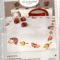 Igel Decke 100% Polyester, Garn 100%BW,ca. 80x80 cm, vorgezeichnet  13,50 € /Stück