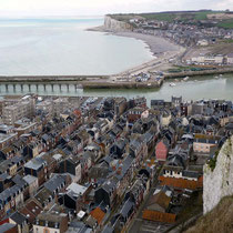 Le Tréport en Normandie, en face Mers les bains en Picardie