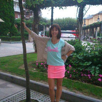 "Marta con camiseta ""Barbie"""