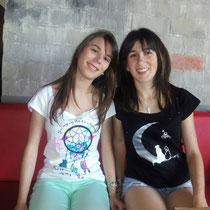 """Desiré con camiseta Dreamer y yo con camiseta """"Perros Lunáticos"""""""