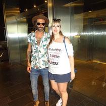 """Miryam con camiseta """"Sincericidio"""" junto a Leiva Septiembre 2mil16"""