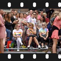 199 Amsterdam Canal Pride 2019 v.a de NH Radio Pride boot 26
