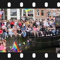 336 Amsterdam Canal Pride 2019 v.a de NH Radio Pride boot 26
