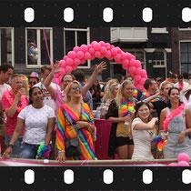 132- Canal Pride 2018  ©Marja Roele-Aertsen   Contact : +31 6 26952602