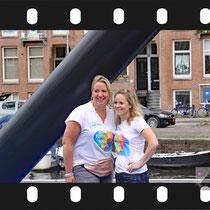 003 Amsterdam Canal Pride 2019 v.a de NH Radio Pride boot 26