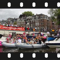 024  Amsterdam Canal Pride 2019 v.a de NH Radio Pride boot 26