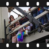 130 Amsterdam Canal Pride 2019 v.a de NH Radio Pride boot 26