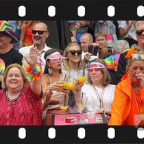 185 Amsterdam Canal Pride 2019 v.a de NH Radio Pride boot 26