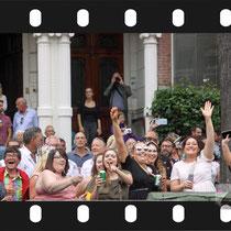 164 Amsterdam Canal Pride 2019 v.a de NH Radio Pride boot 26