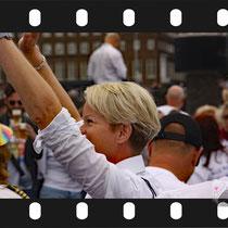 074 Amsterdam Canal Pride 2019 v.a de NH Radio Pride boot 26