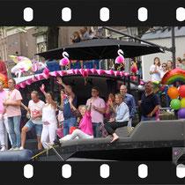 309 Amsterdam Canal Pride 2019 v.a de NH Radio Pride boot 26